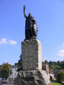 King Alfred's statue in Winchester.