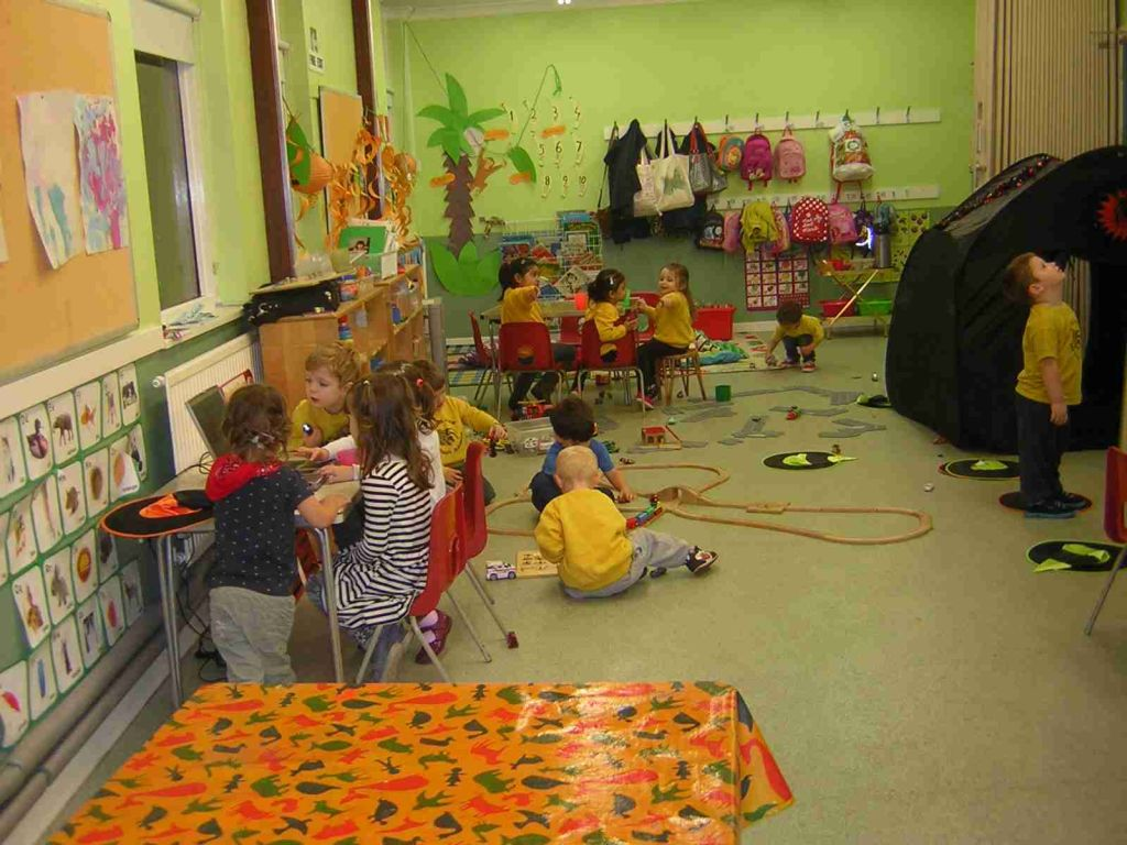 Children playing at the Badger Farm Pre-School Playgroup